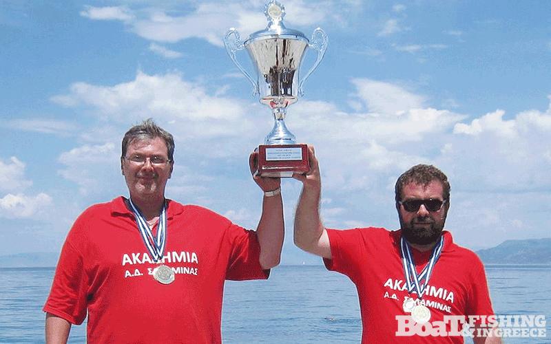 Πρωταθλητής Ελλάδος Σύλλογος Αλιείας από την ακτή, έτους 2014, ανακηρύσσεται η Ακαδηµία Αθλητικών ∆ραστηριοτήτων, µε τους αθλητές Παπιδάκη Αντώνη και Σκούρτη Γιάννη.