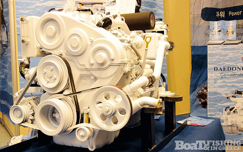 Στο περίπτερο του κ. ∆ηµήτρη ∆εληγιάννη παρουσιάστηκαν οι πετρελαιοκινητήρες κινητήρες DMT DaeDong (φωτ. 4) , οι οποίοι κατασκευάζονται σε ιπποδυνάµεις από 67 ως 550 hp.
