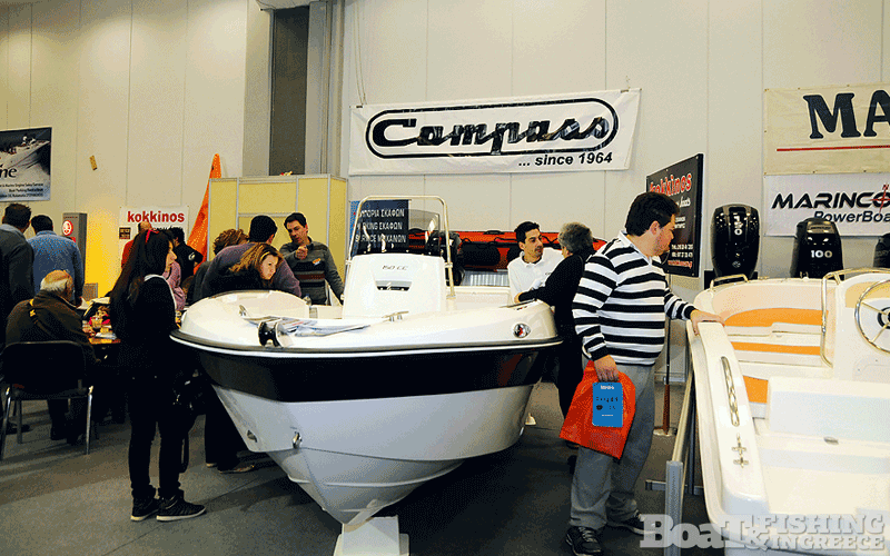 Η Compass έδωσε ένα δυναµικό παρών µέσω των αντιπροσώπων της Compass Boats Kokkinos και Παρµακλής Service Marine, παρουσιάζοντας εκτός άλλων το νέο Compass 150 CC (φωτ. 4).