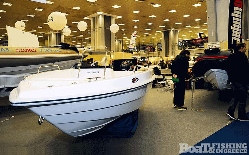 Η εταιρία George Marine του Γιώργου Μελισσάρη (φωτ. 8), παρουσίασε την νέα ταχύπλοη βάρκα της εταιρείας µε εξαιρετική σχέση ποιότητας / τιµής.