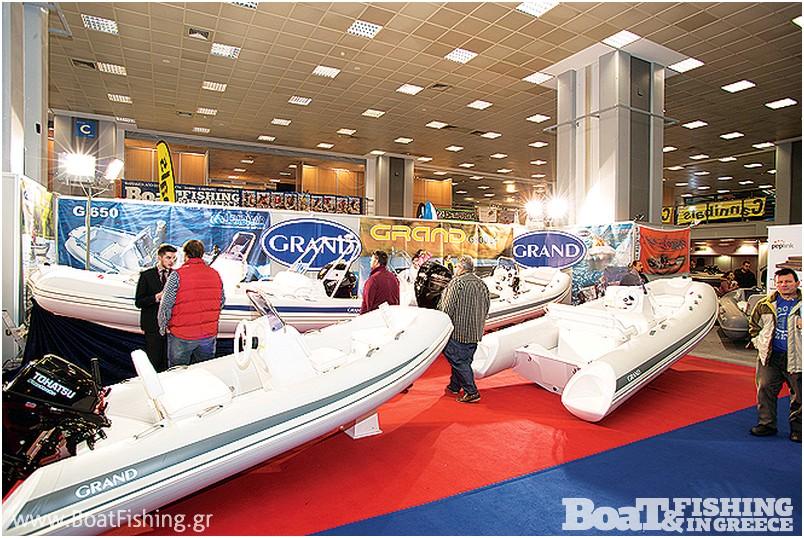 LEADMAR: Το εντυπωσιακό περίπτερο της Leadmar µε τα φουσκωτά σκάφη Grand και τα ηλεκτρονικά Furuno, VDO και άλλες εταιρίες ηλεκτρονικών που αντιπροσωπεύει